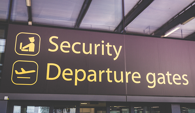 Airport-Security-Checkpoints-COVID-Safer-Passenger